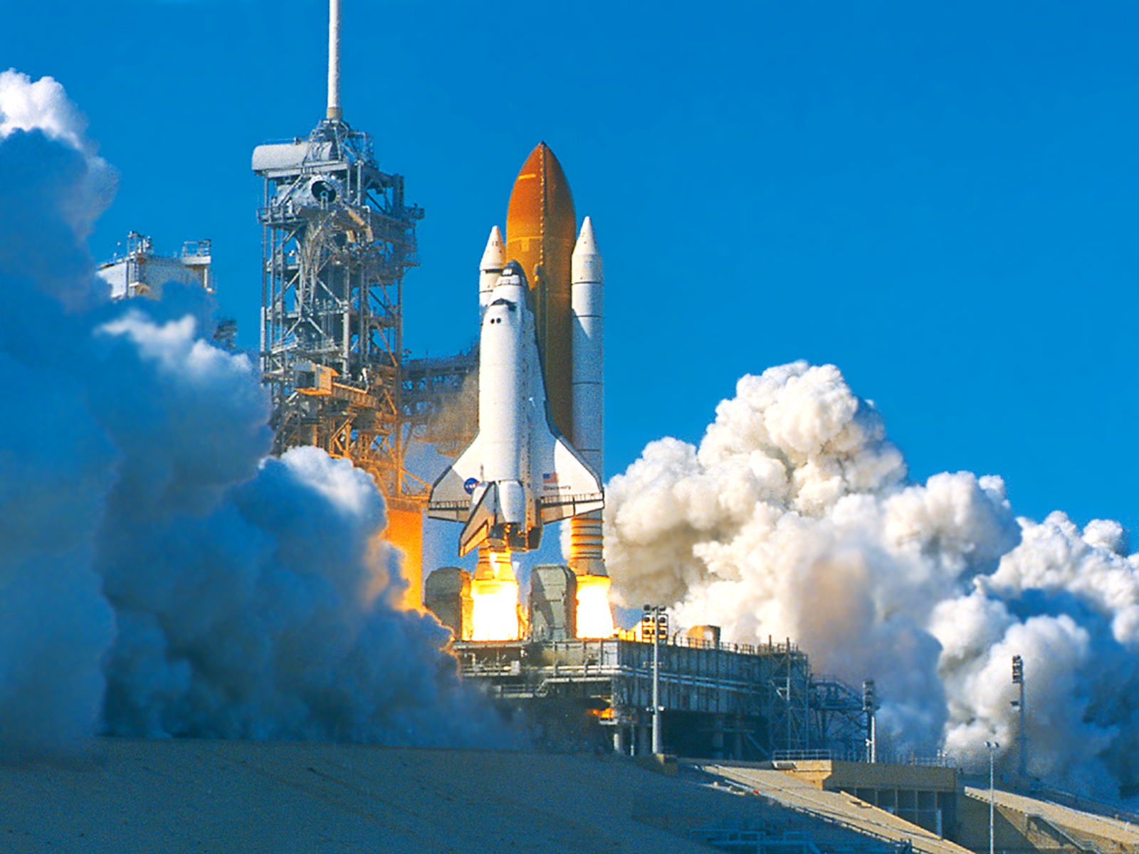 freedom space shuttle - HD 1600×1200